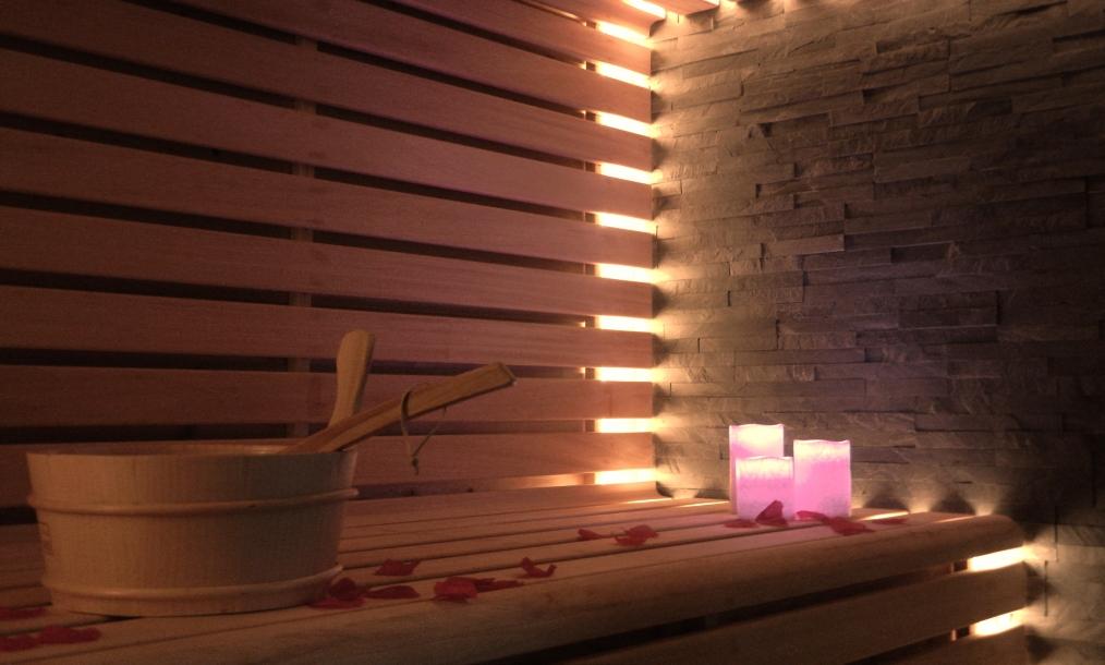 Hete sauna prive wellness Zeeuws Ontspannen Middelburg Zeeland