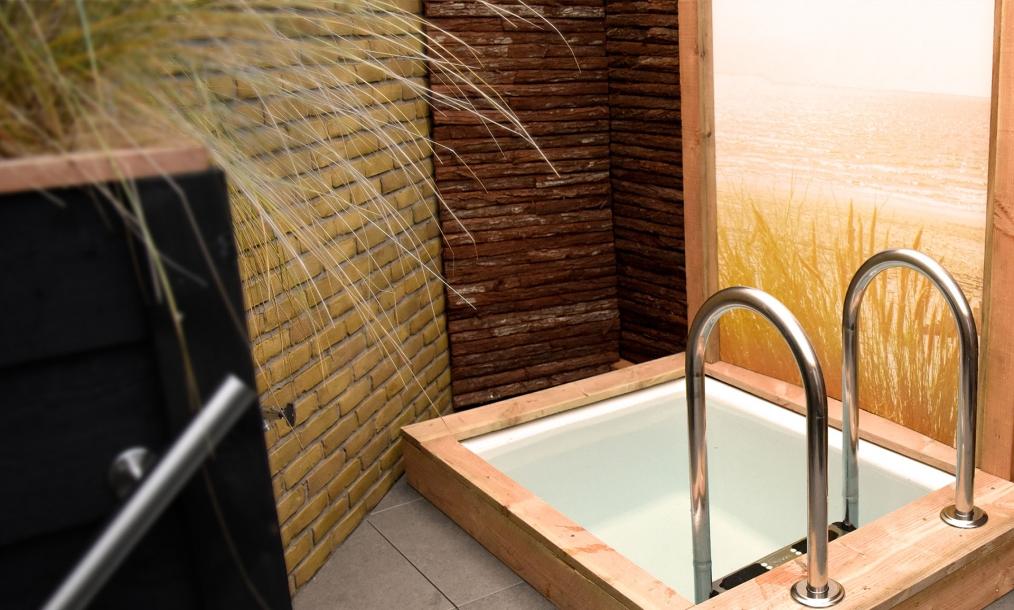 Buitenbad als onderdeel van een complete en kwalitatieve saunarondgang  in wellness centrum Zeeuws Ontspannen Middelburg